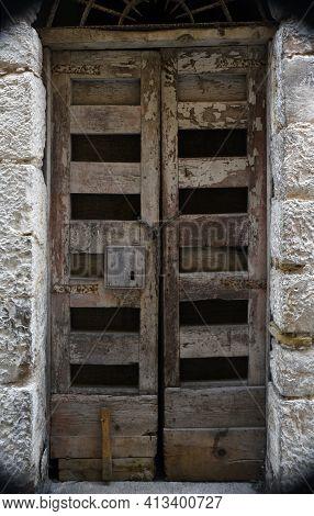 Itri Old Door In The Historic Town Italian Region Of South Lazio