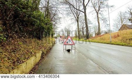 Roadworks Sign Control