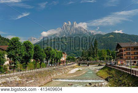 Fiera Di Primiero, Pale Di San Martino Village With Dolomite Peaks In Val Di Primiero Noana Of Trent
