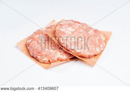 Raw Hamburger , Meatballs Isolated On White Background.hamburger With Bacon, Fast Cooking At Home. F