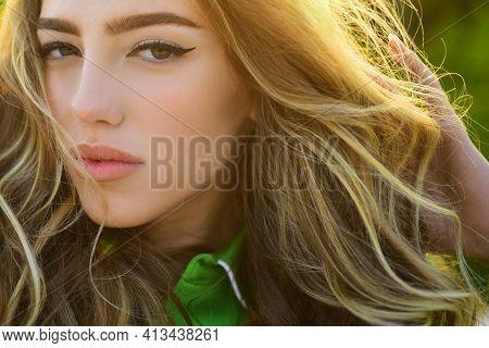 Sensual Woman Sunny Portrait. Fashion Style. Summer Spring Beauty