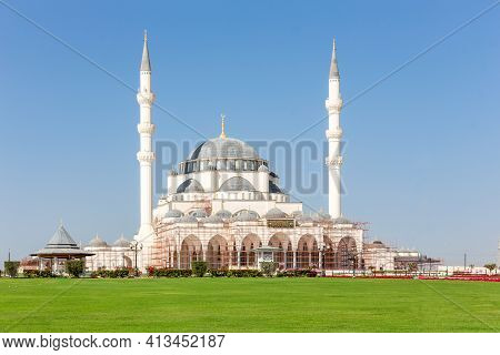 New Sharjah Mosque (sharjah Masjid), The Largest Mosque In The Emirate Of Sharjah, The United Arab E