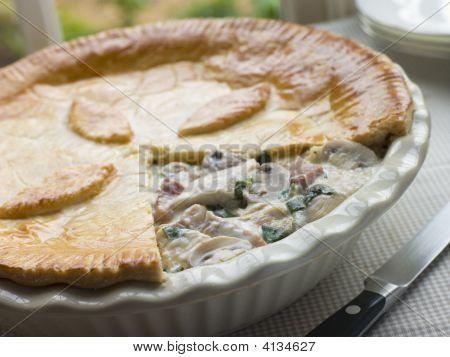 Chicken Gammon And Mushroom Pie