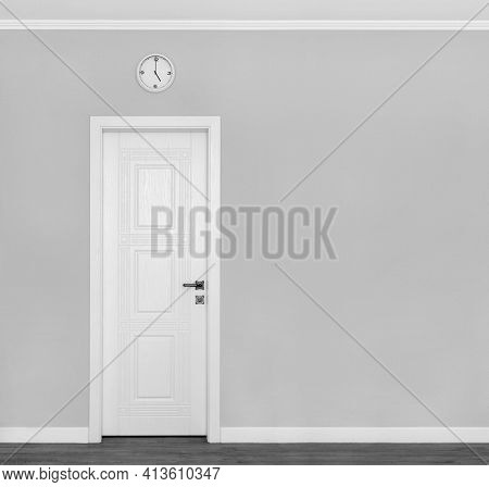 Grey Wall With White Door And Clock. Traditional Afternoon Tea  Symbols Of England. Concept Or Creat