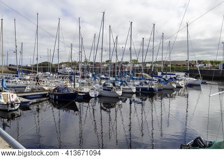Airn, Highlands, Scotland, Uk - June 01, 2016: View Of Nairn Harbour In The Highlands Of Scotland Sh