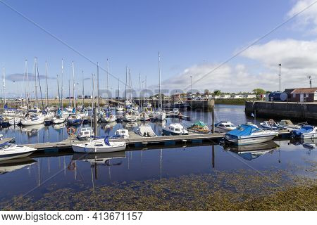 Nairn, Highlands, Scotland, Uk - June 01, 2016: View Of Nairn Harbour In The Highlands Of Scotland S