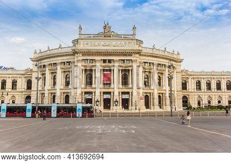 Vienna, Austria - September 16, 2020: Theater Building On The Rathausplatz Square In Vienna, Austria