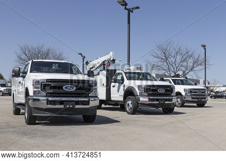 Fishers - Circa March 2021: Ford Super Duty F350 Truck Display At A Dealership. The F-350 Is Availab
