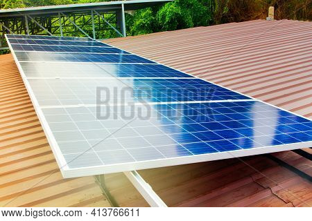 Solar Cell Containing Solar Energy Is Installed On The Roof Of The Factory For Industrial Use : Inst
