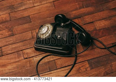 Telephone Technology Antique Communication Nostalgia Wood Floor