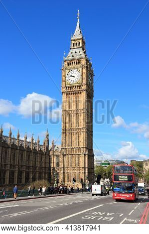 London, Uk - May 16, 2012: People Ride London Bus In London. As Of 2012, Lb Serves 19,000 Bus Stops
