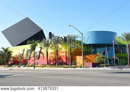 IRIVNE, CA - NOVEMBER 11, 2017: Discovery Cube Orange County. A science museum in Santa Ana, California, with more than 100 hands-on exhibits.