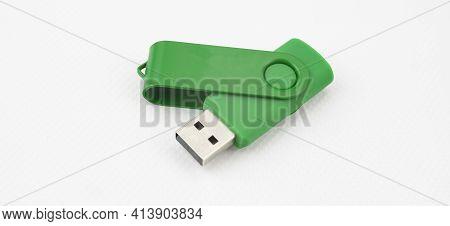High Capacity Usb Pen Drive Device For Digital Data Storage