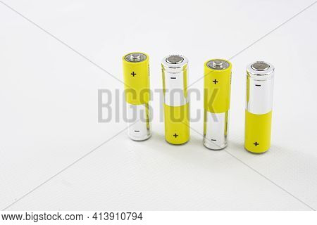 1.5 Volt Batteries For Electronic Devices Without Cable Power Supply