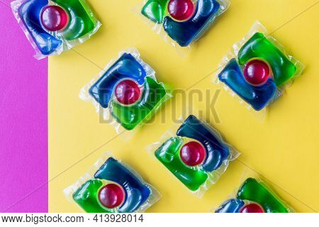 Blue Laundry Detergent Sorts Variety In Powder, Liquid Gel And Pod In Washing Dose.liquid Pods With