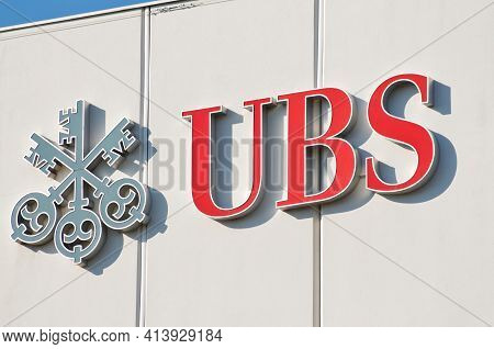 Morbio Inferiore, Ticino, Switzerland - 10th March 2021 : Ubs Bank Logo Sign Hanging On A Building F
