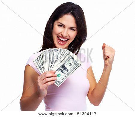 Feliz joven sonriente con dinero en efectivo, aislado sobre fondo blanco