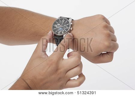 Adjusting The Watch