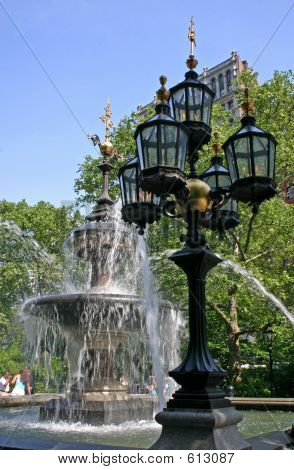 Fountain And Gaslight