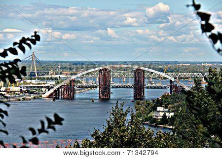 Bridge on the Dniper River