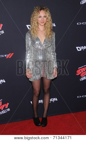 LOS ANGELES - AUG 19:  Juno Temple arrives to the