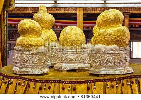 Buddha Images At Phaung Daw Oo Pagoda, Inle Lake, Myanmar