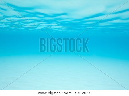 Dreamy View Under The Waves