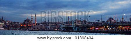 Panoramic view of Istanbul, Turkey at night