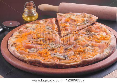 Turkey Ham Pizza