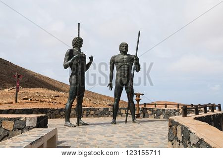 FUERTEVENTURA - OCTOBER 25: The statues of the Guanche kings Ayos and Guize in Fuerteventura, Spain on October 25, 2013