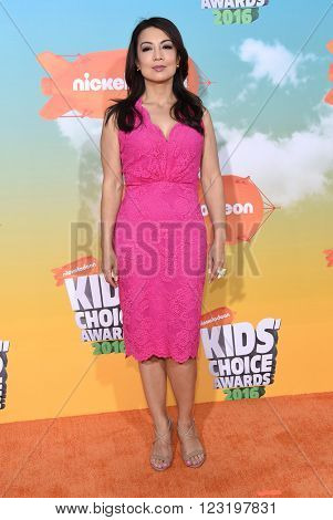 LOS ANGELES - MAR 12:  Ming-Na Wen arrives to the Nickeloden's Kid's Choice Awards 2016  on March 12, 2016 in Hollywood, CA.