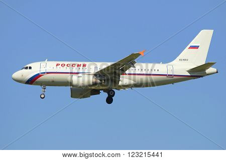ST. PETERSBURG, RUSSIA - AUGUST 21, 2015: Flying the Airbus A319-111 (VQ-BAU) of airline