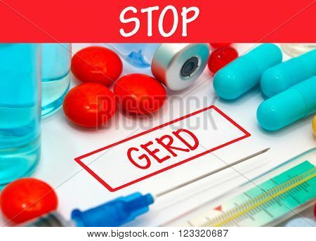 Stop gerd. Vaccine to treat disease. Syringe and vaccine with drugs.