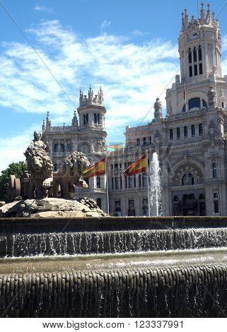 city hall Palace Cybele Palacio de Cibelas with statue and fountain Madrid Spain