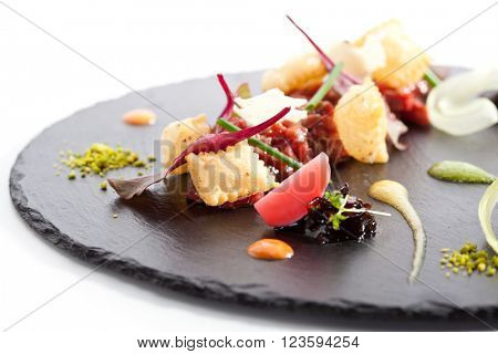 Tuna Tartare with Various Dip and Crispy