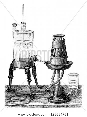 Solidification of mercury in the nitrous oxide, vintage engraved illustration. Magasin Pittoresque 1870.