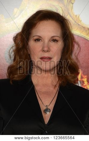 LOS ANGELES - MAR 28:  Elizabeth Perkins at the The Boss World Premeire at the Village Theater on March 28, 2016 in Westwood, CA