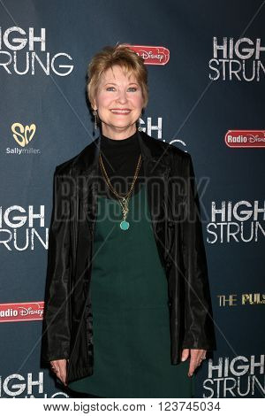 LOS ANGELES - MAR 29:  Dee Wallace at the High Strung Premeire at the TCL Chinese 6 Theaters on March 29, 2016 in Los Angeles, CA