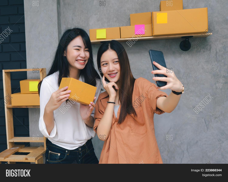 free-video-asian-women