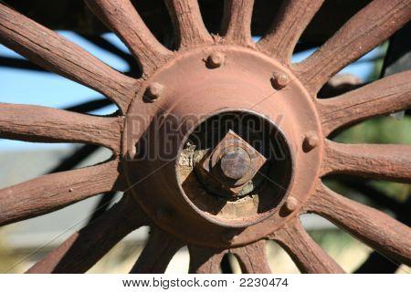 Wagon Wheel Hub And Spokes