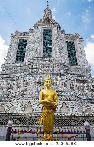 Wat Arun (Temple of Dawn) in Bangkok, Thailand