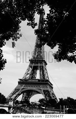 The Eiffel Tower in black and white. The Eiffel Tower is an iron tower 324 meters in height puddié (with antennas) situated in Paris, in the northwest extremity of the park of Champ-de-Mars in border of the Seine in the 7th district. Built by Gustave Eiff