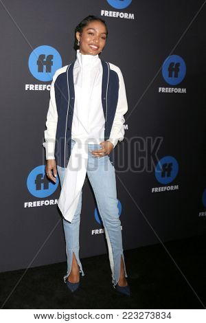 LOS ANGELES - JAN 18:  Yara Shahidi at the Freeform Summit 2018 at NeueHouse on January 18, 2018 in Los Angeles, CA