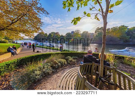 LONDON, UNITED KINGDOM - OCTOBER 16: This is the riverside park area of Richmond, it is a popular place for people to walk and relax on October 16, 2017 in London