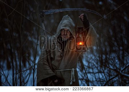 Old man with the scythe induces horror, this is a deadly sign.