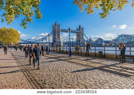 LONDON, UNITED KINGDOM - NOVEMBER 06: Tower of London riverside area with Tower Bridge in the background on November 06, 2017 in London