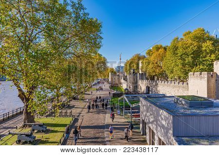 LONDON, UNITED KINGDOM - NOVEMBER 06: Riverside walk outside the famous Tower of London landmark on November 06, 2017 in London