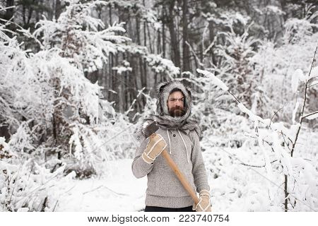 Camping, Traveling And Winter Rest. Skincare And Beard Care In Winter, Beard Warm In Winter. Bearded