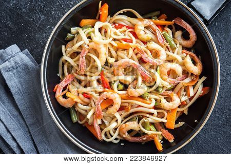 Stir Fry With Shrimps And Noodles
