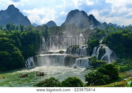 The Detian waterfall is located in Guangxi, China